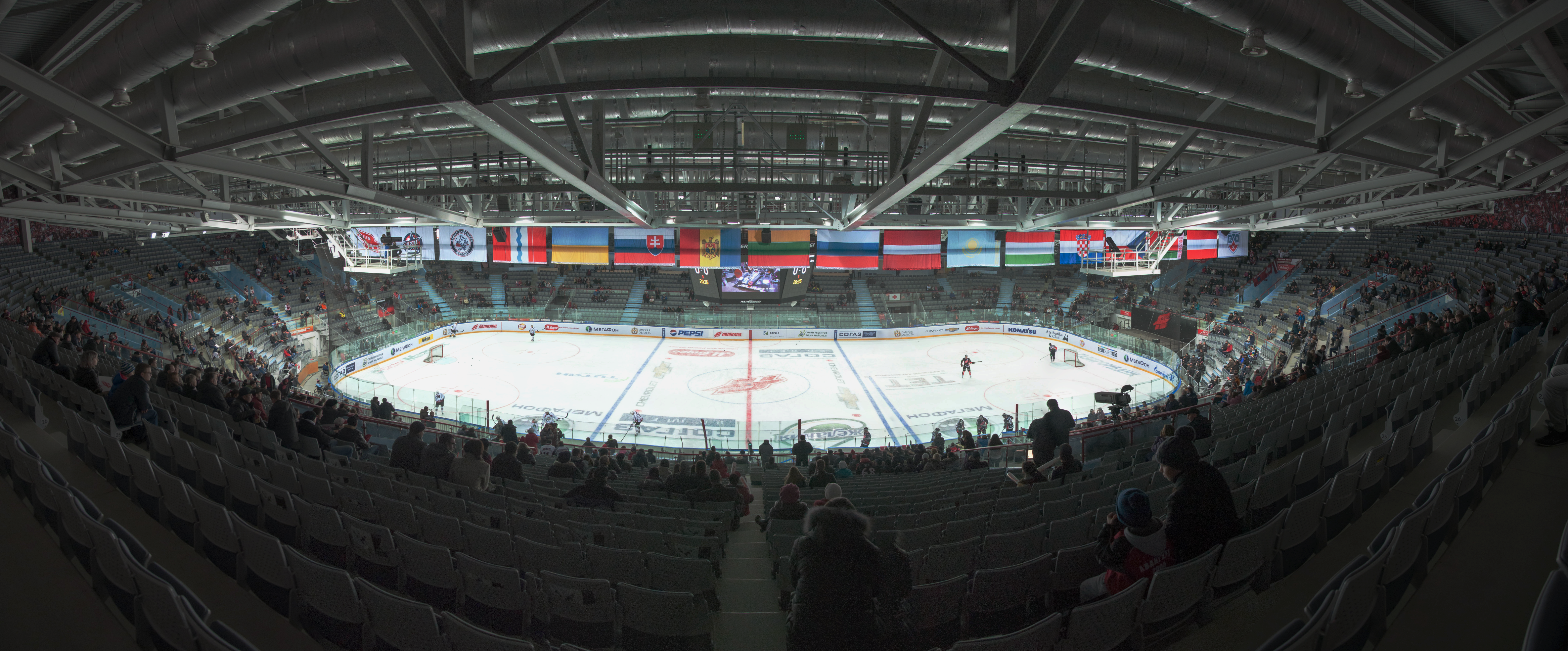 Internal_view_of_arena_omsk