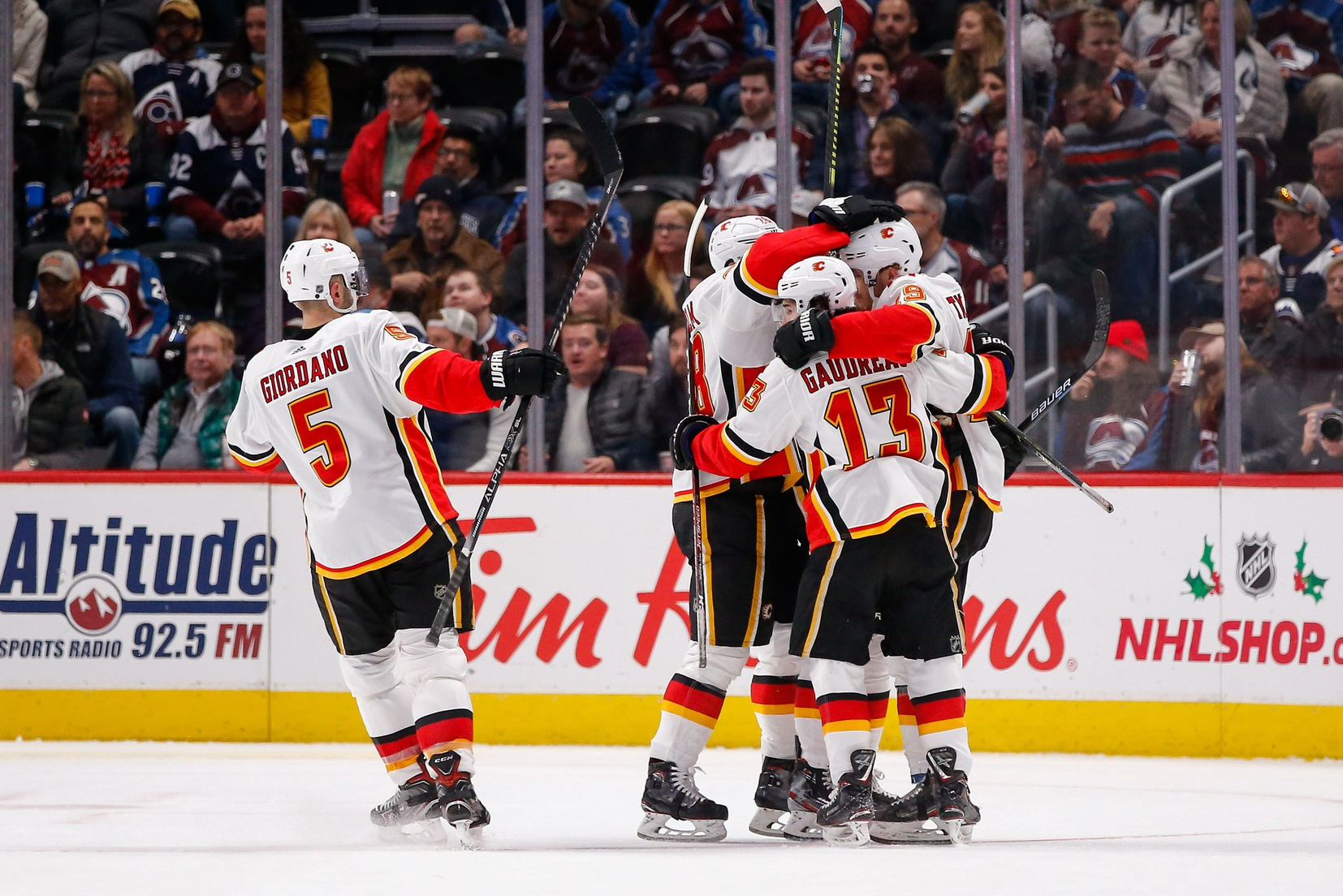 Flames At Canucks 02 08 20 Odds And Nhl Betting Trends